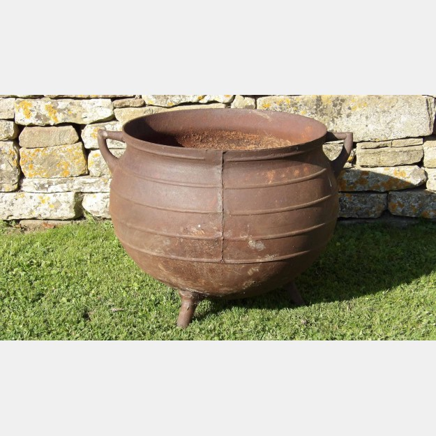 Vintage Iron Cauldron