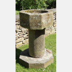 Antique Stone Font