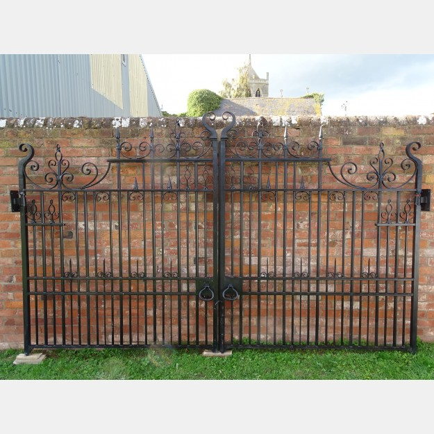 Wrought Iron Drive Gates (Pair)