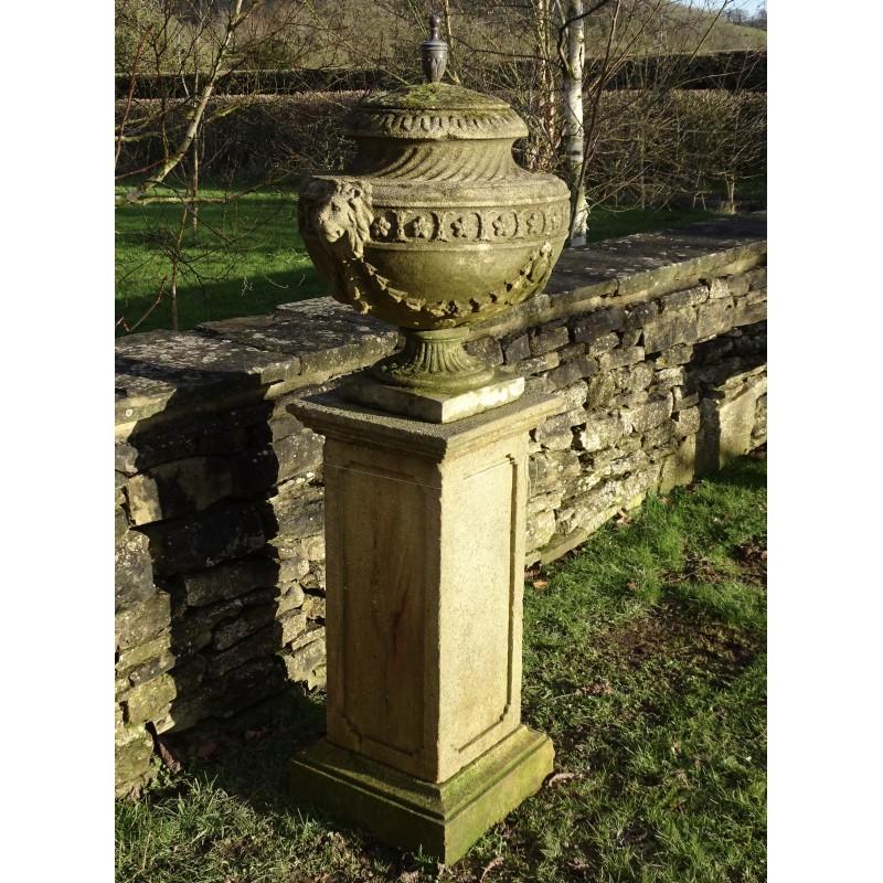 Finial Urn on Pedestal